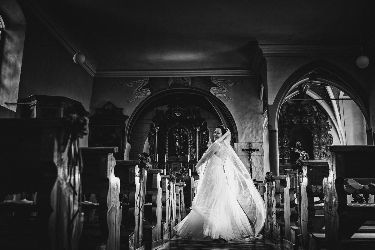 Hochzeit in der Michaelskirche in Gundelsheim