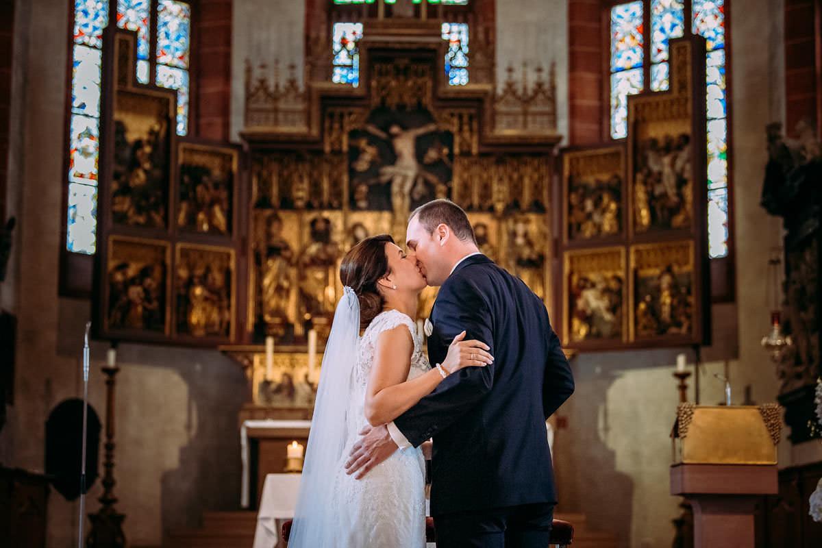 heiraten im Rheingauer Dom in Geisenheim