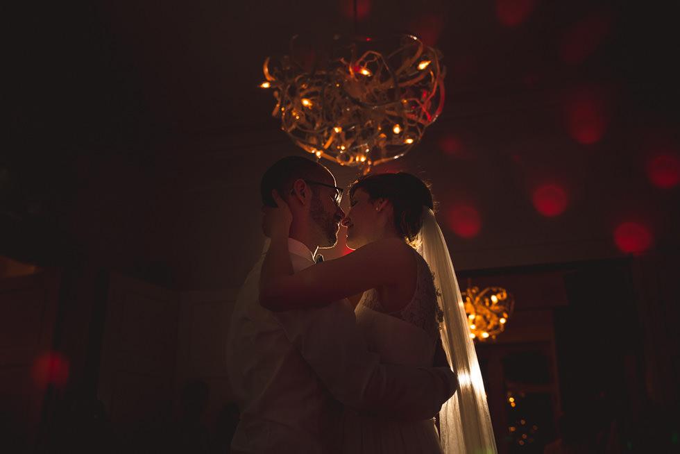 Hochzeitstanz im Weingut von Winning
