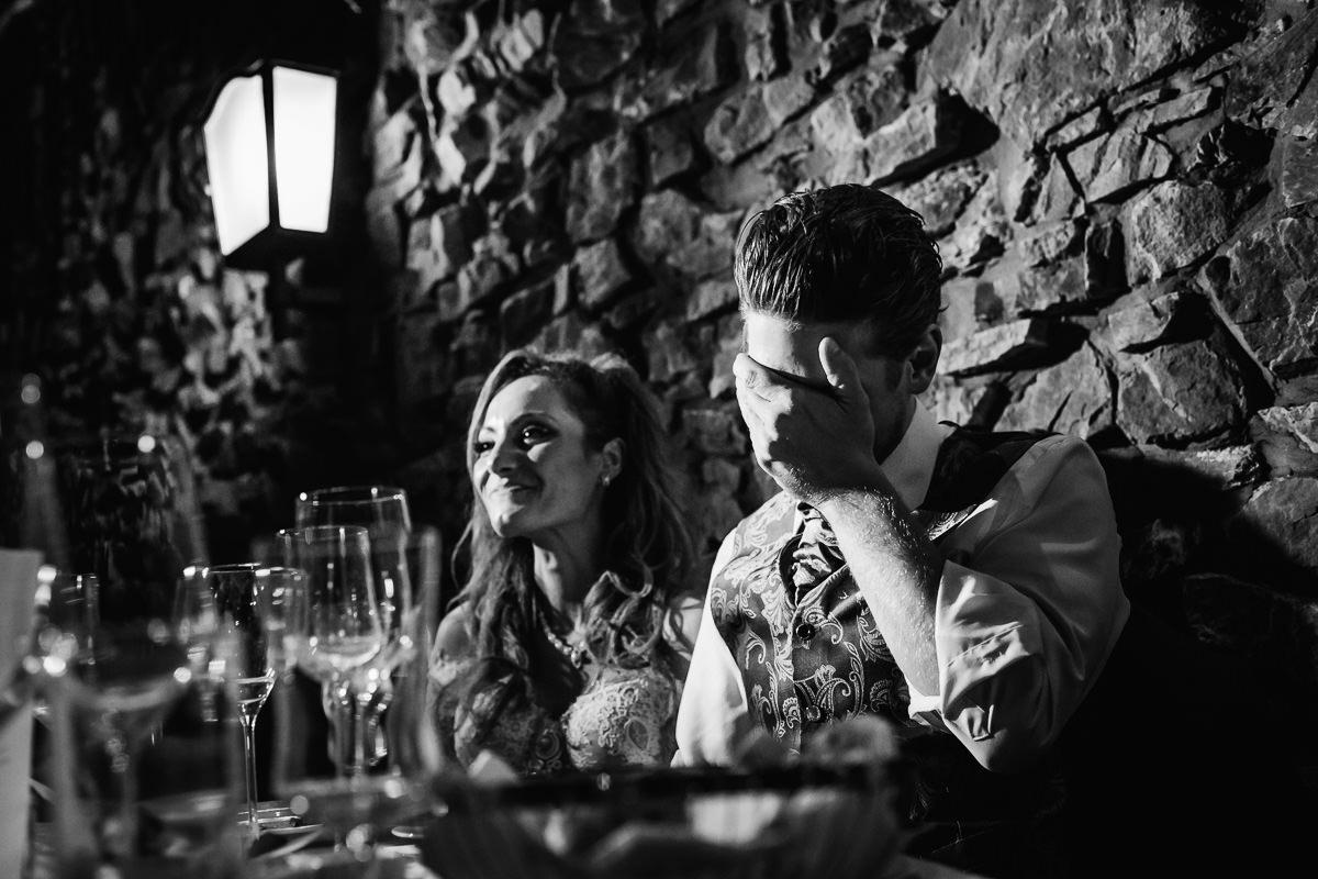 Hochzeitsreportage Burg Schwarzenstein Reden am Abend