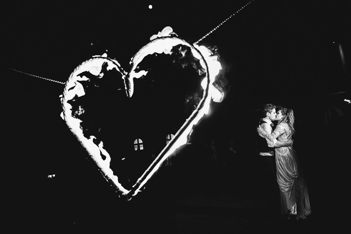 Hochzeitsreportage Burg Schwarzenstein Feuershow