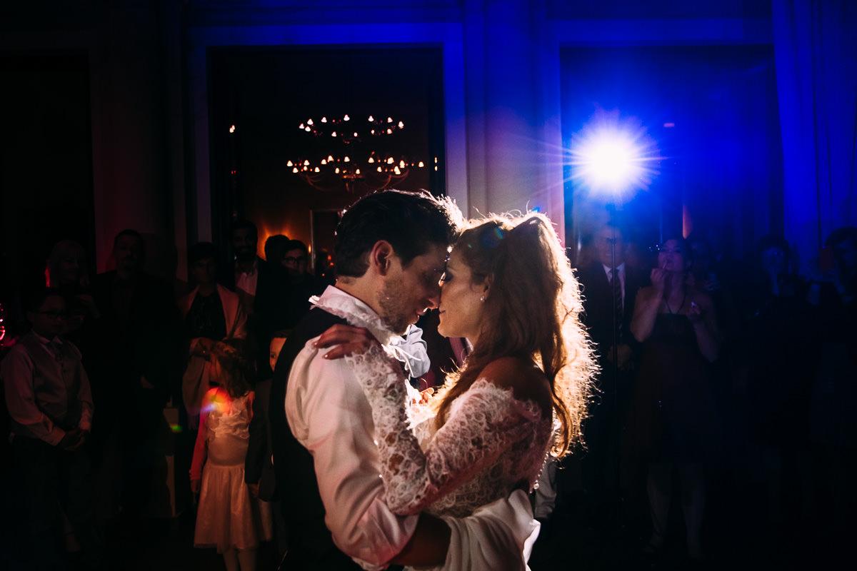 Hochzeitsreportage Burg Schwarzenstein First Dance
