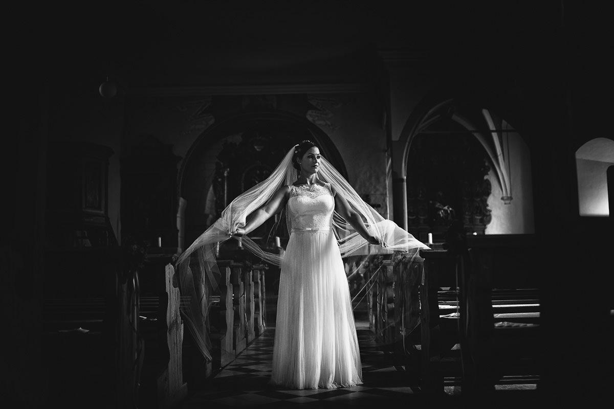 Brautbild in der Michaelskirche in Gundelsheim