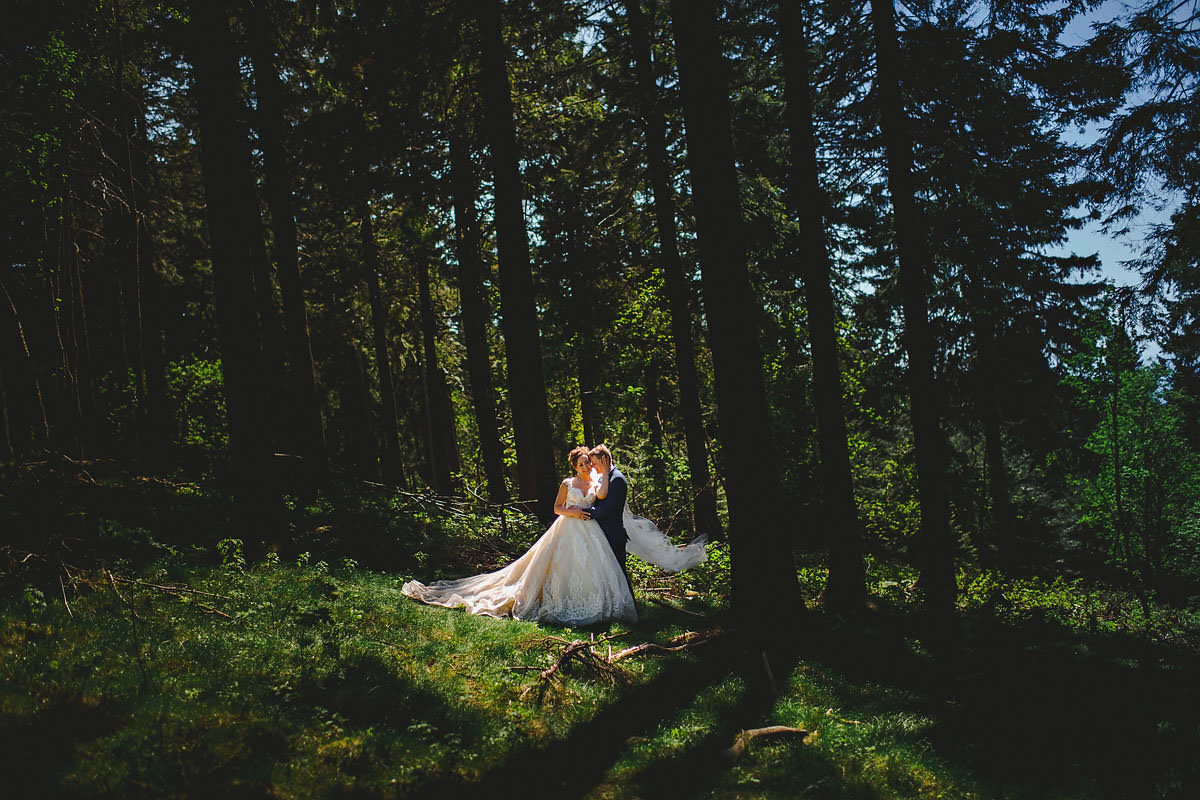 Hochzeitsfotos am Feldberg Brautpaarportraits